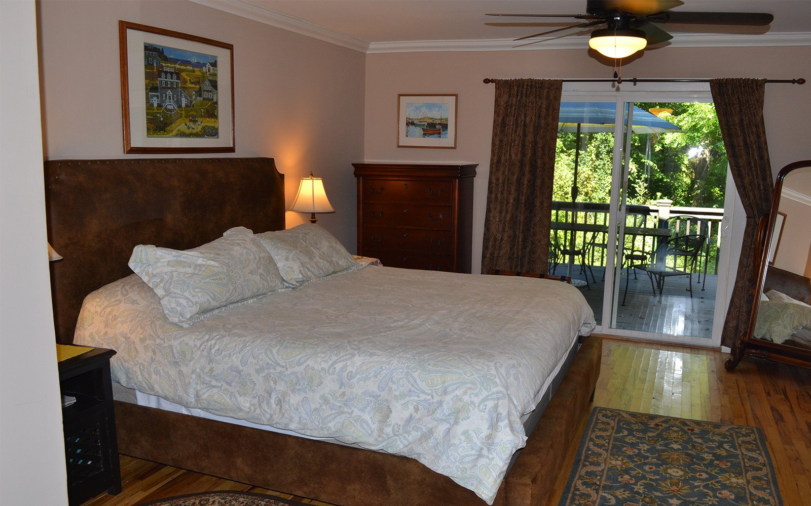 Master-bedroom-King-bed-Franklin-Street-house
