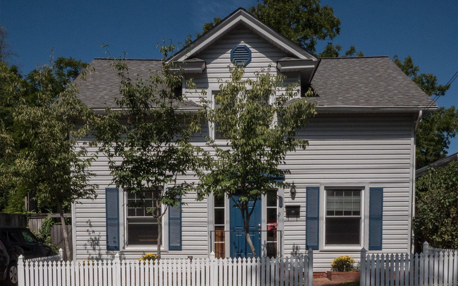Oaklawn Avenue House front