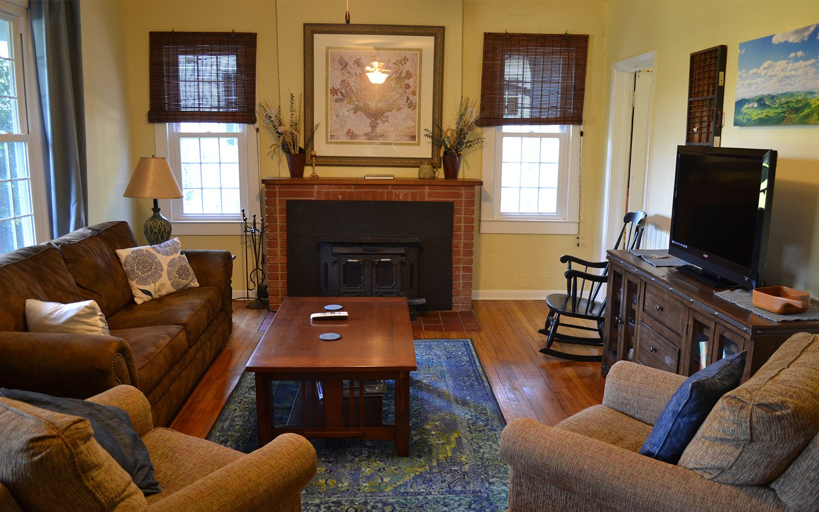 Franklin-Street-house-living-room-with-fireplace
