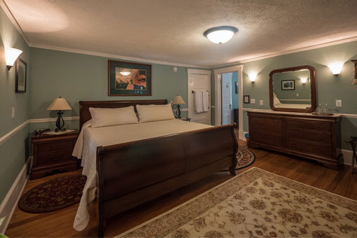 Inn Rooms - Brevard NC - top bed and breakfast in Brevard