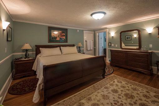 Inn Rooms - Brevard NC - top bed and breakfast in Brevard